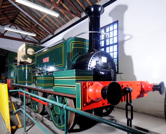 Aldwyth painted a mid green with yellow and black trimming, a black funnel and red fender.