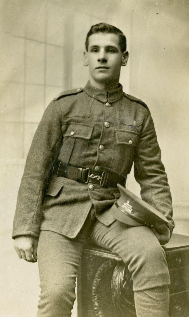 Photo of Sydney Markham in his khaki uniform, probably taken in 1916