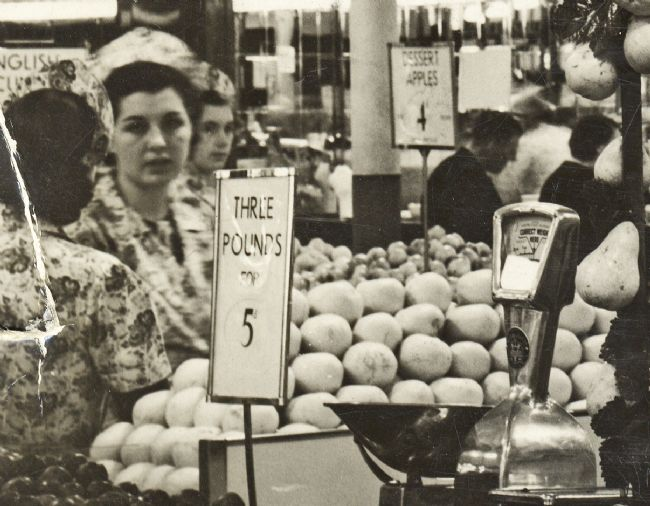 M&S shop assistants in the 1930s