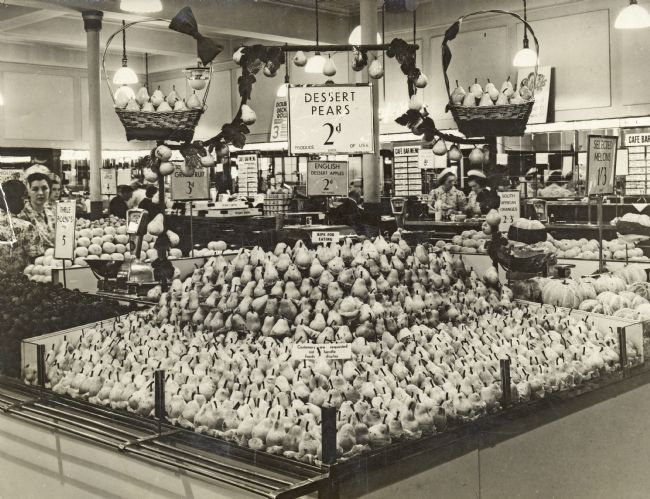 M&S Display of Pears 1930s