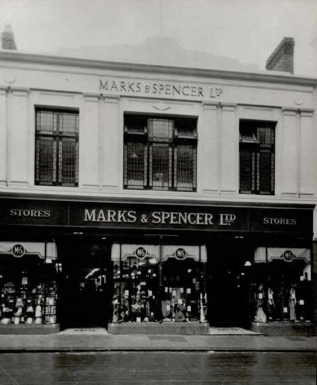 M&S Bishop Auckland, 1930 storefront