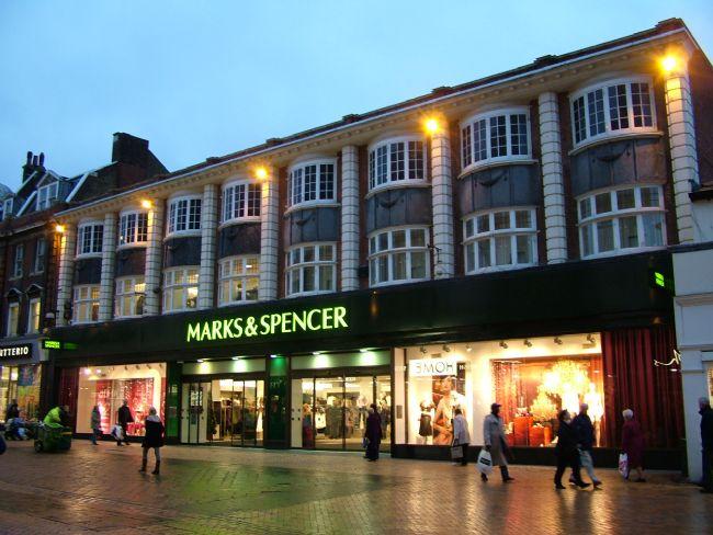 M&S Bromley,129 High Street, December 2005