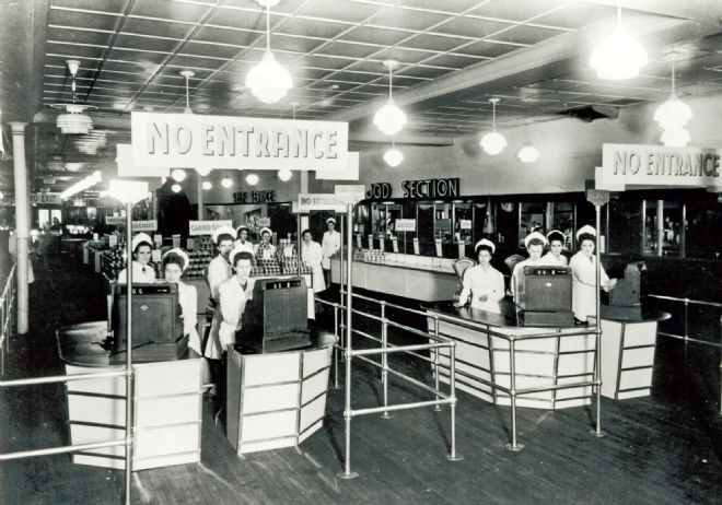 M&S store Woodgreen in London in 1948
