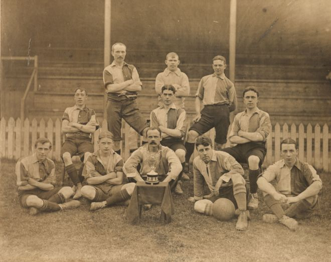 Black and white team photo of Bedale football team 1907/8