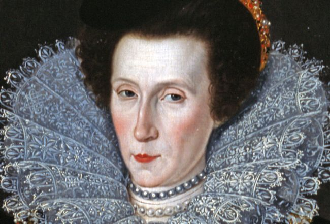 'Noblewoman', by William Segar, 1590, close-up of the face of the sitter showing a very pale complexion with pink cheeks, red lips and a high forehead