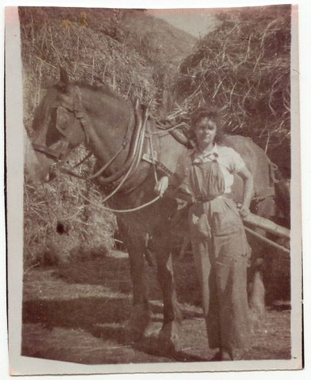 Land army girl with a horse