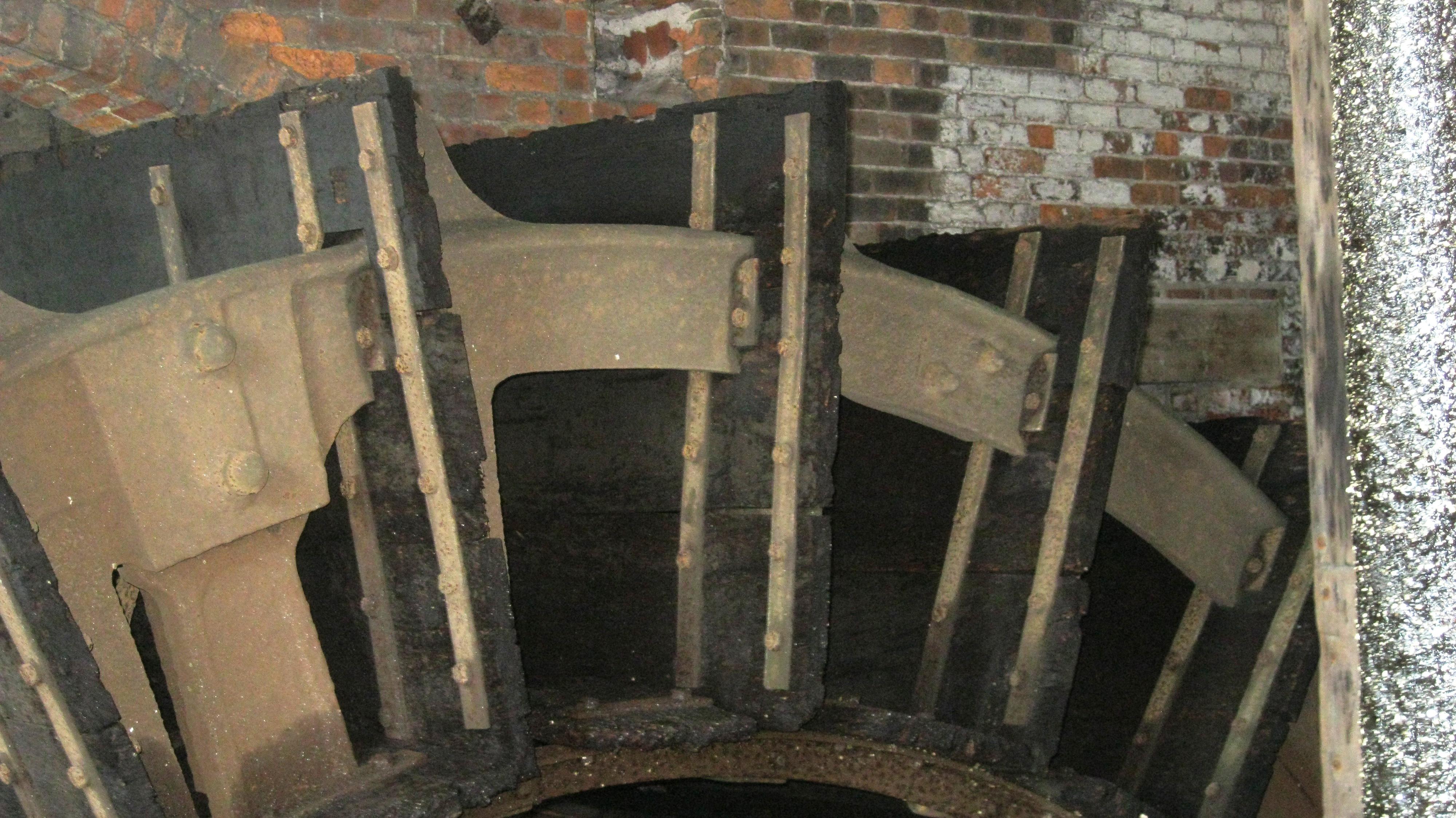 Water Wheel at Thwaite Watermill, Leeds