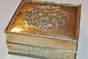 Silver wafer box from York Minster