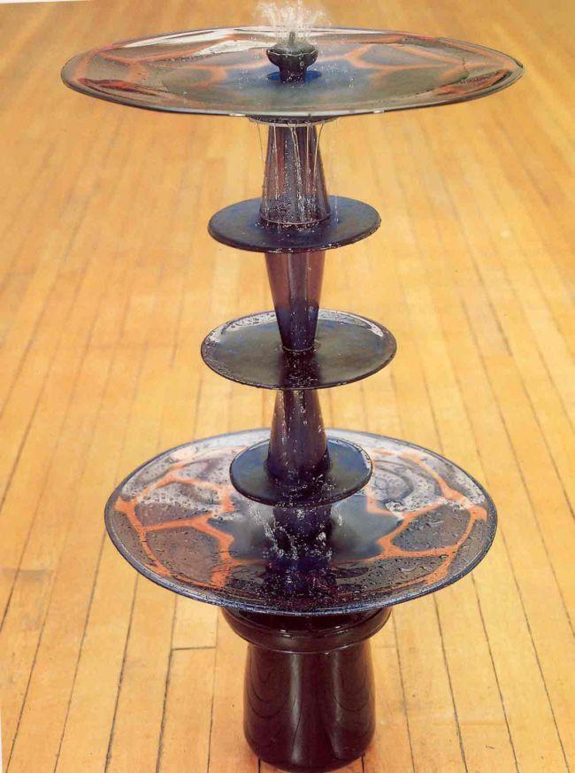 Glass fountain by Kalim Afzal