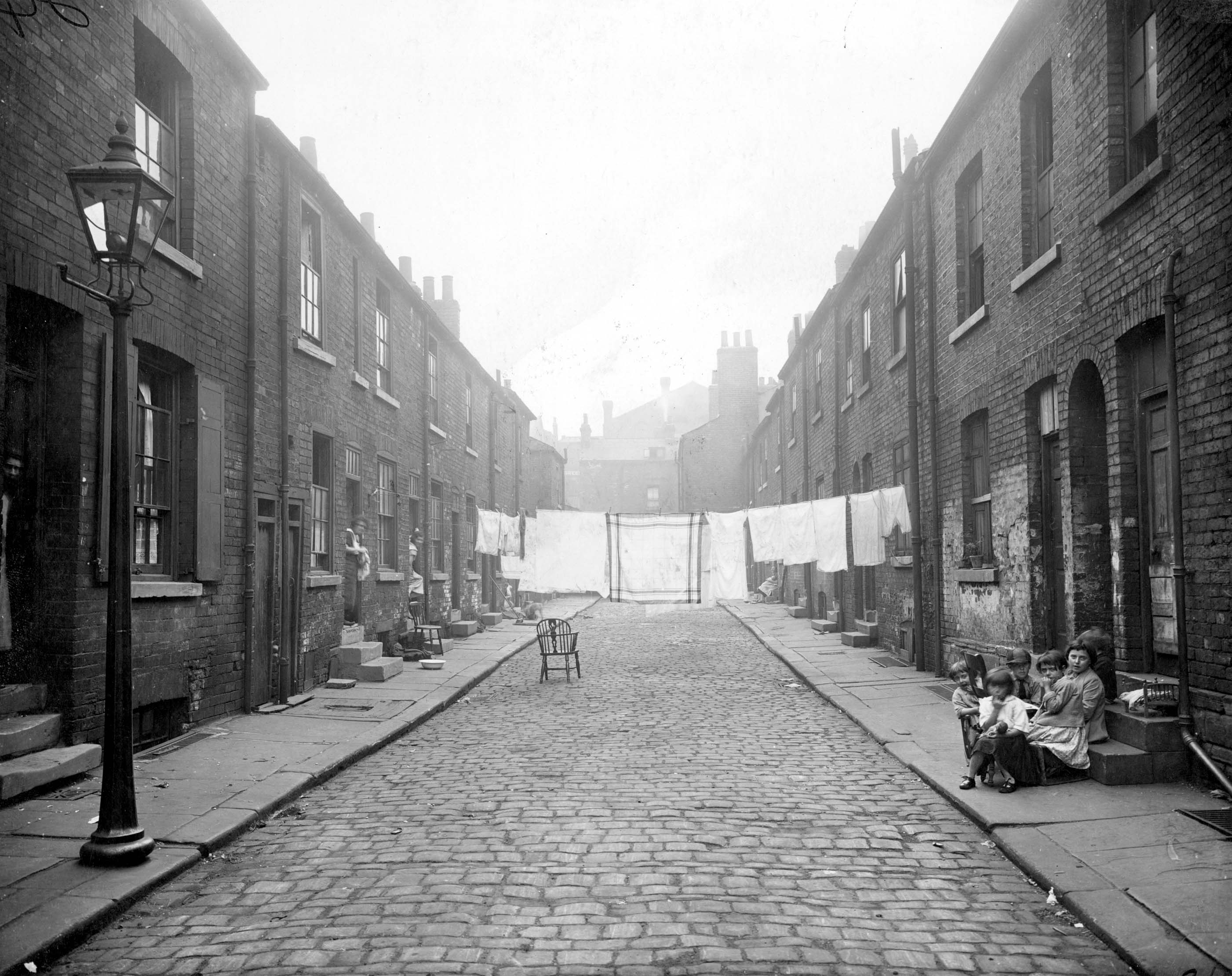 Street View of Back-to-Back Terraced houses in Leeds