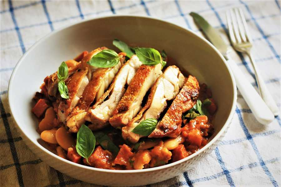 Cured Chicken Leg with Butter Beans