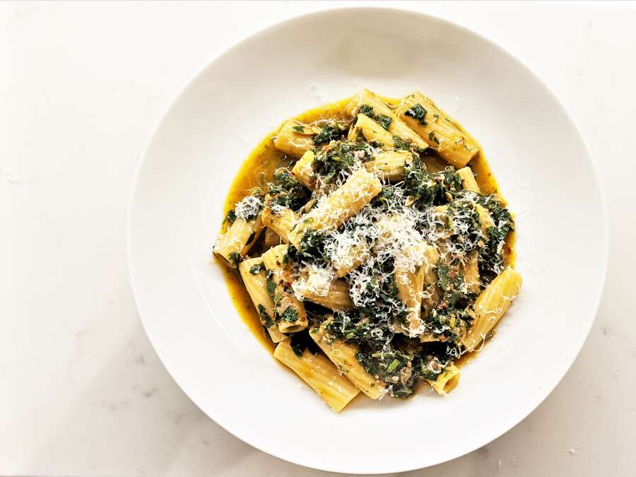 Lockdown Pasta: Spinach Puttanesca Image