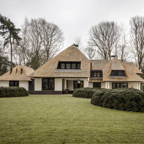 Villa with Allure