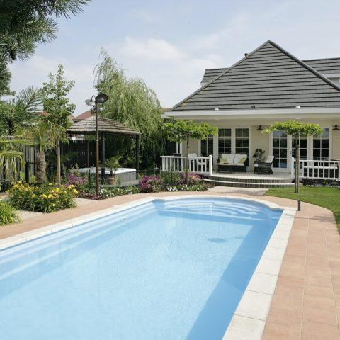 Nice Classic swimming pool