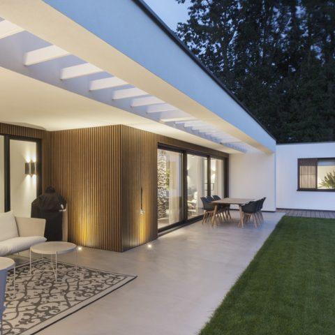Renovation luxury bungalow