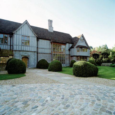 Ode to English garden architecture