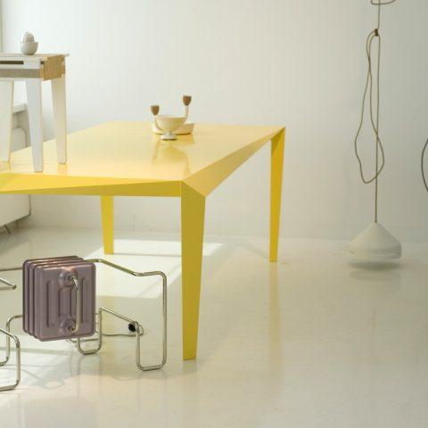 Table Volt