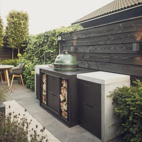 Luxury outdoor kitchen Leiden