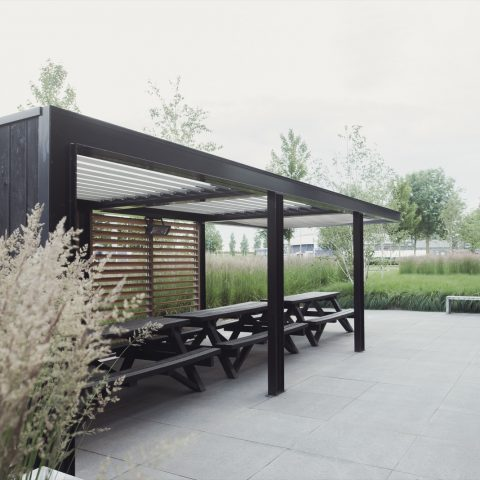 Modern roof with louvered roof