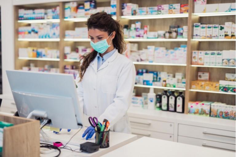 Eczaneler ve medikal malzeme sağlayıcıları 1 Temmuz'da e-Fatura uygulamasına geçecek