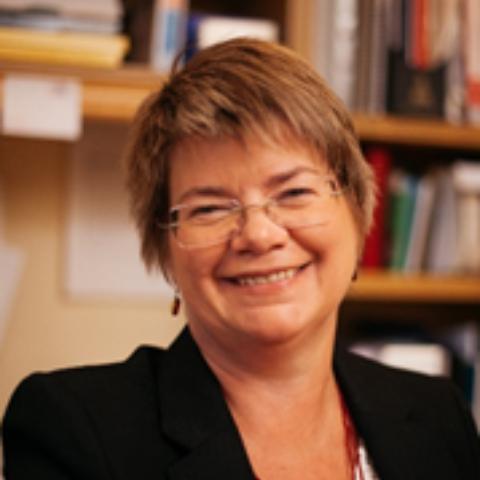 Portrait photograph of Lynne Ceeney