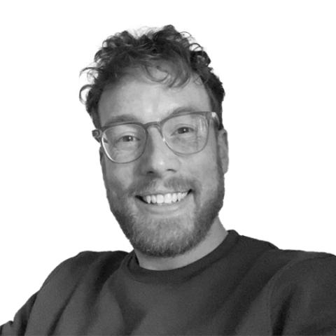 Portrait photograph of Tim Farmer
