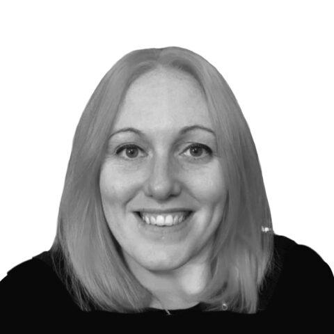 Portrait photograph of Lisa Pool