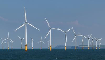 Web p7 wind farm shutterstock 1091969441