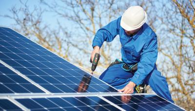 Web p8 9 solar panels istock 1127159370