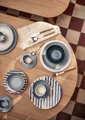 onomao//Klassik//großerTeller//Blau-Weiß-Gestreift//Keramik//Portugal
