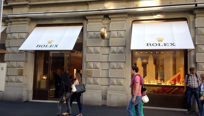 pretty nice 23f05 458ea Rolex opened at Bahnhofstrasse – Bucherer paid approx. 7 million key money