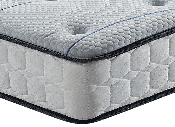 SleepSoul Air Mattress - Small Double (4' x 6'3