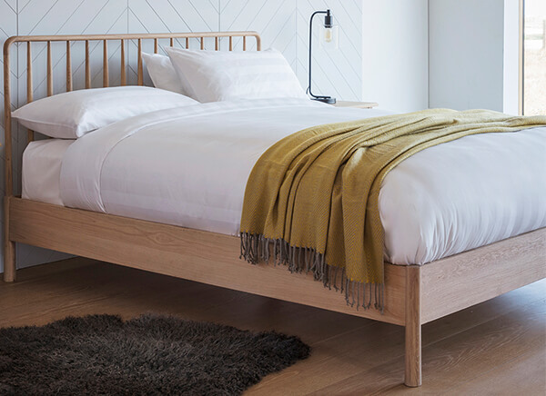 Frank Hudson Living Wycombe Spindle Bed Frame - Double (4'6