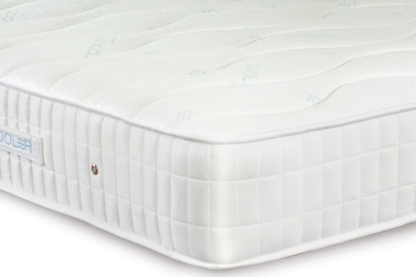 Sleepeezee Cooler Ortho 1000 Pocket Mattress