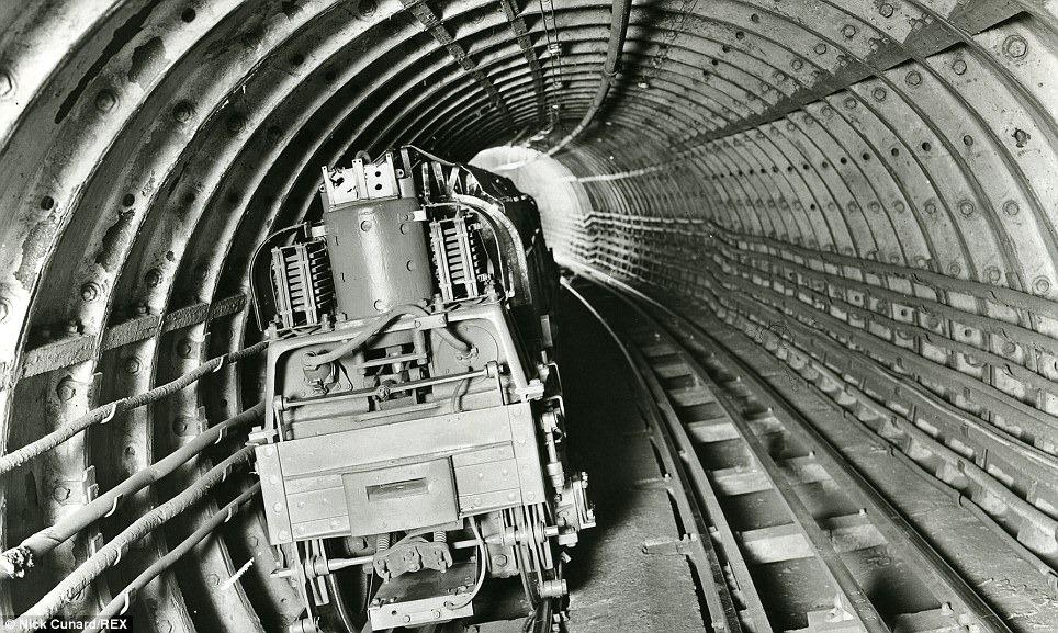 Mail Rail 5