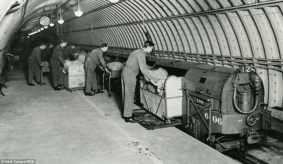 Mail Rail 7