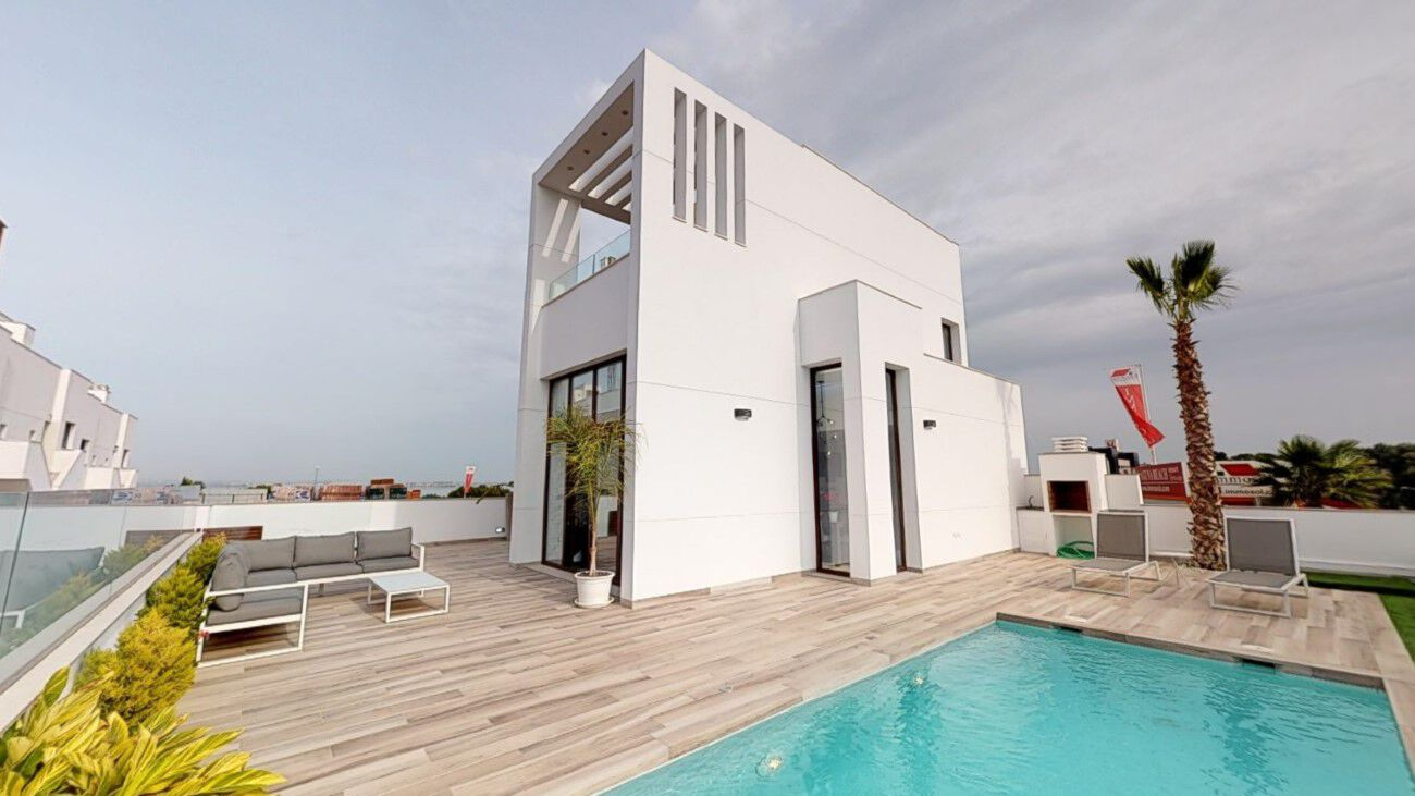 Ref:EAC1000086 Villa For Sale in Torrevieja