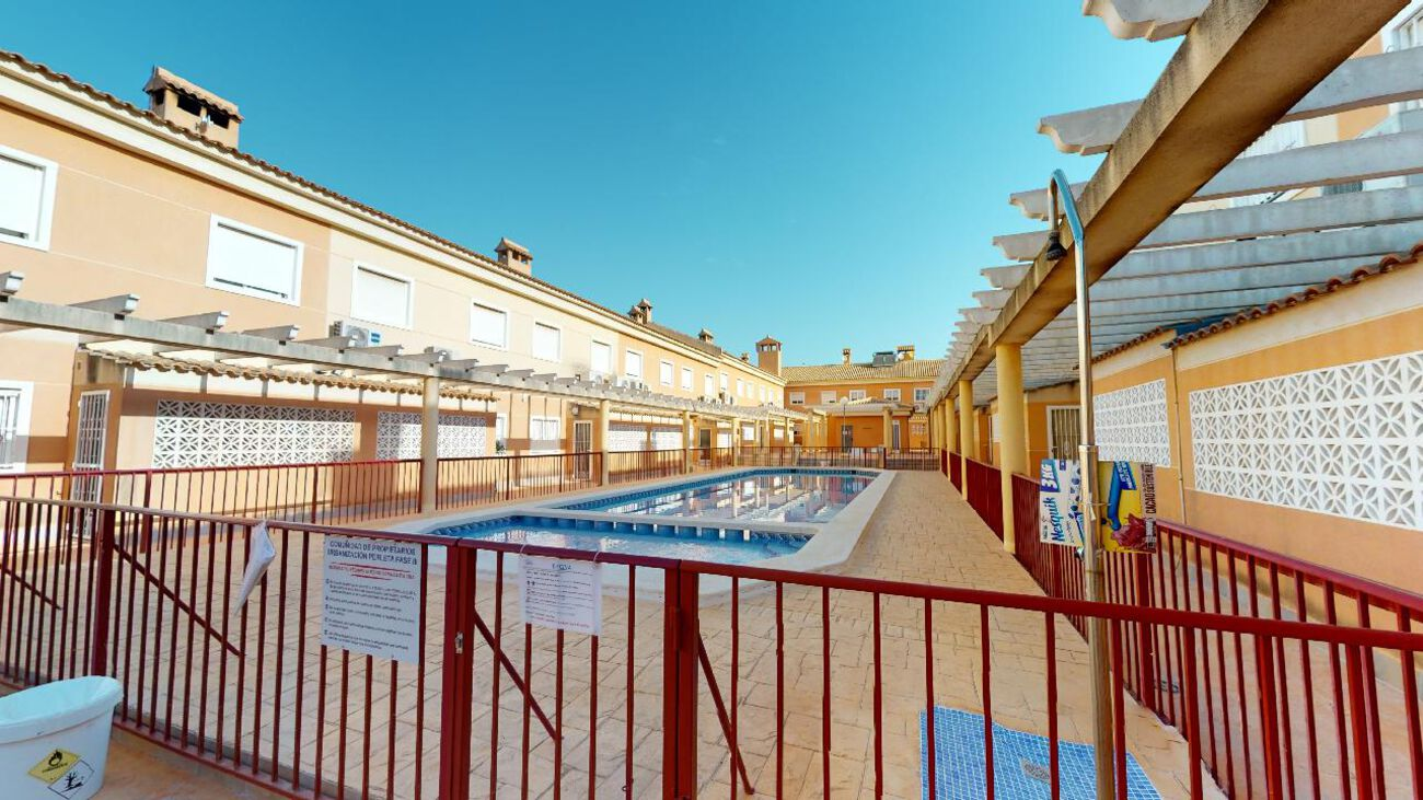 Ref:TFSLP04.105 Townhouse For Sale in Elche