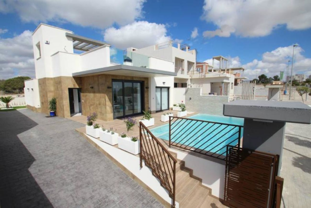 Ref:M2000727 Villa For Sale in La Manga