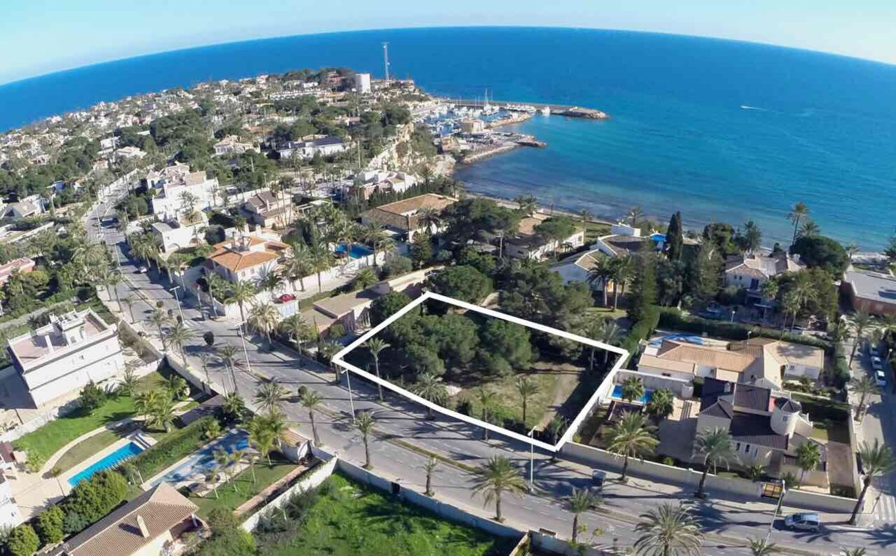Ref:M2000820 Land For Sale in Cabo Roig