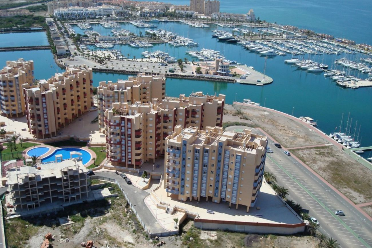 Ref:M2000949 Apartment For Sale in La Manga