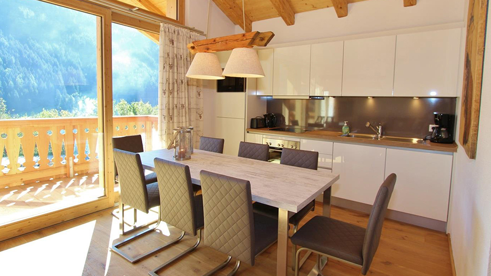 Forest Chalet Apartments, Austria