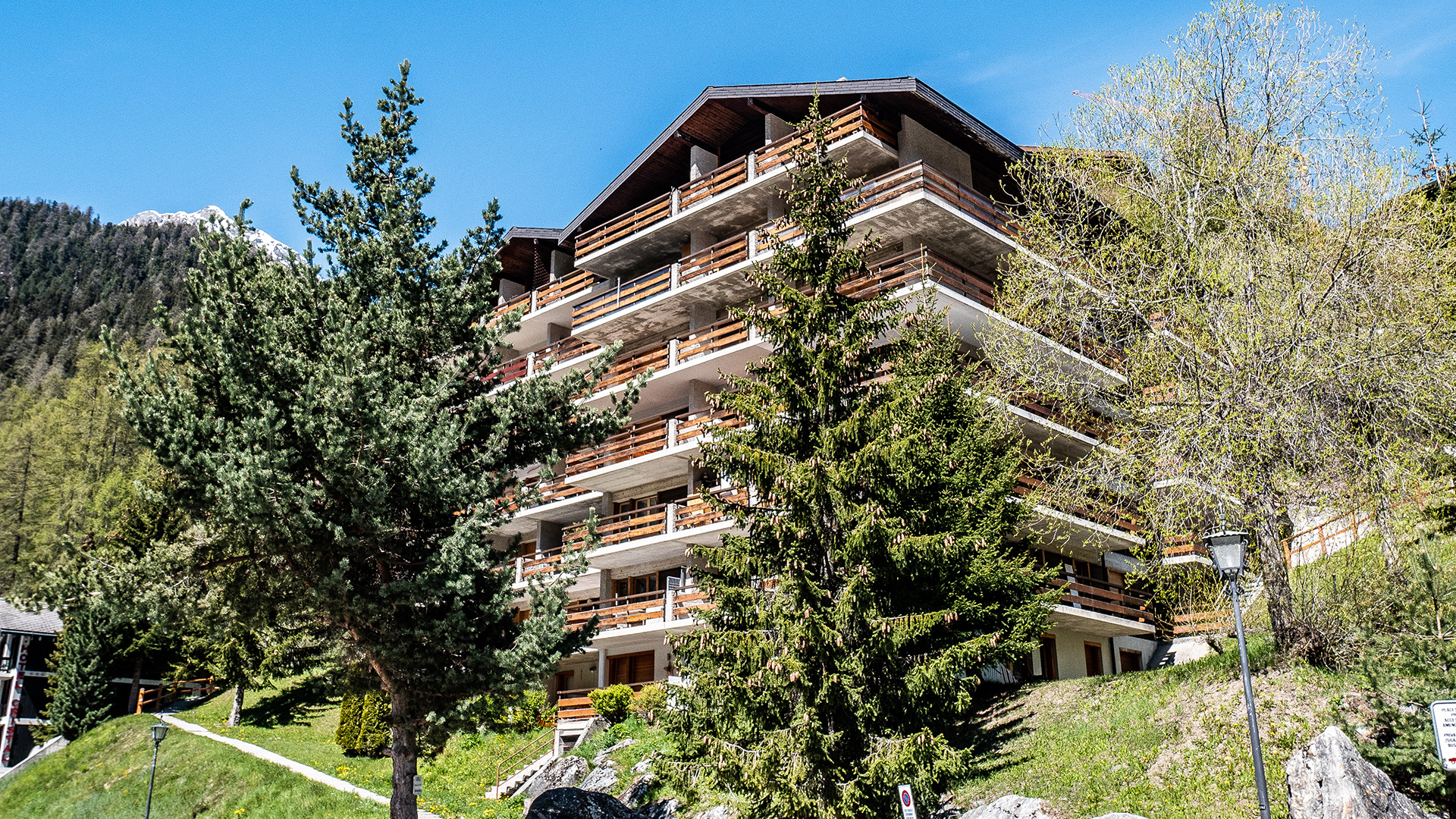 Laca Apt Apartments, Switzerland
