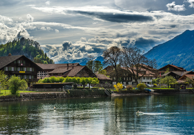 Properties, Lake Brienz, Switzerland