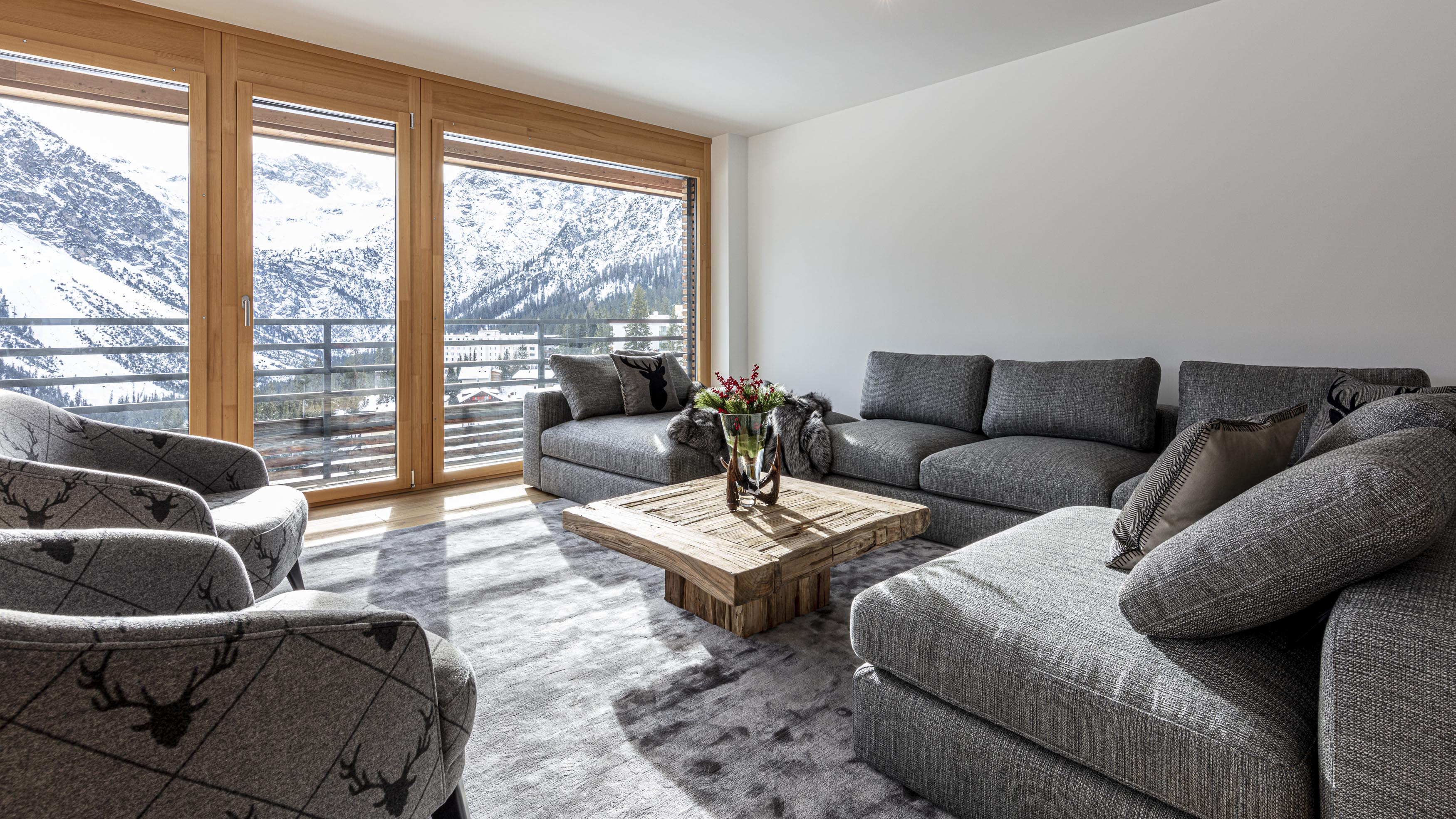 Haus Ratia Apartments, Switzerland