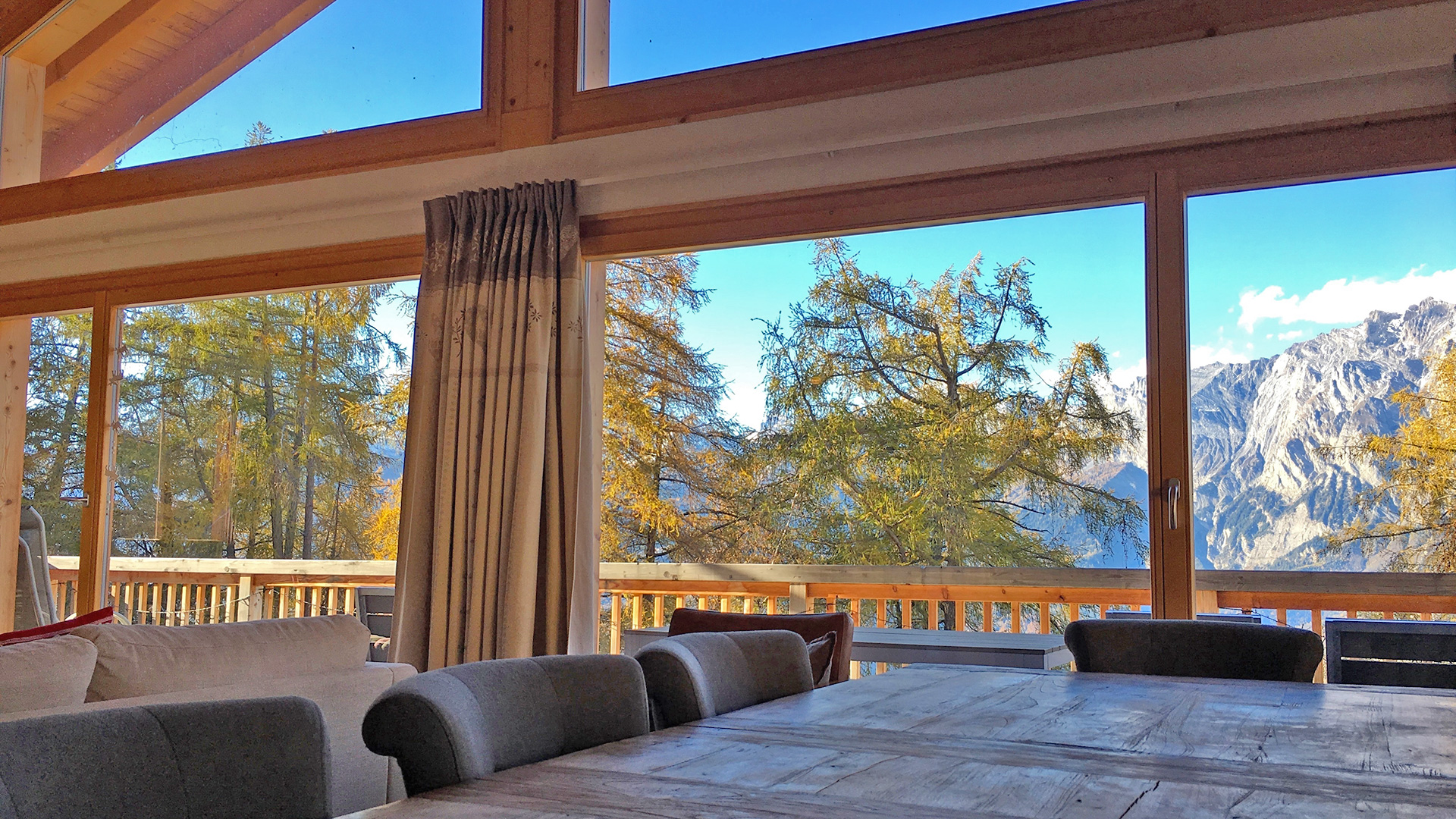 Chalet Lawrence Chalet, Switzerland