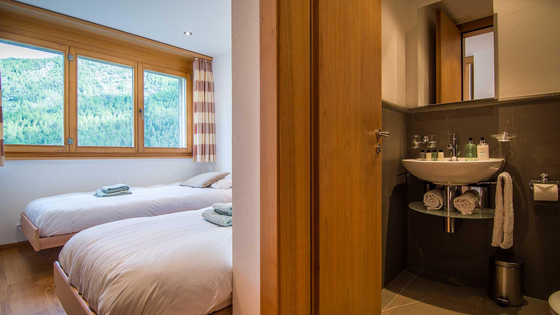 Chalet Aramis Apartments, Switzerland
