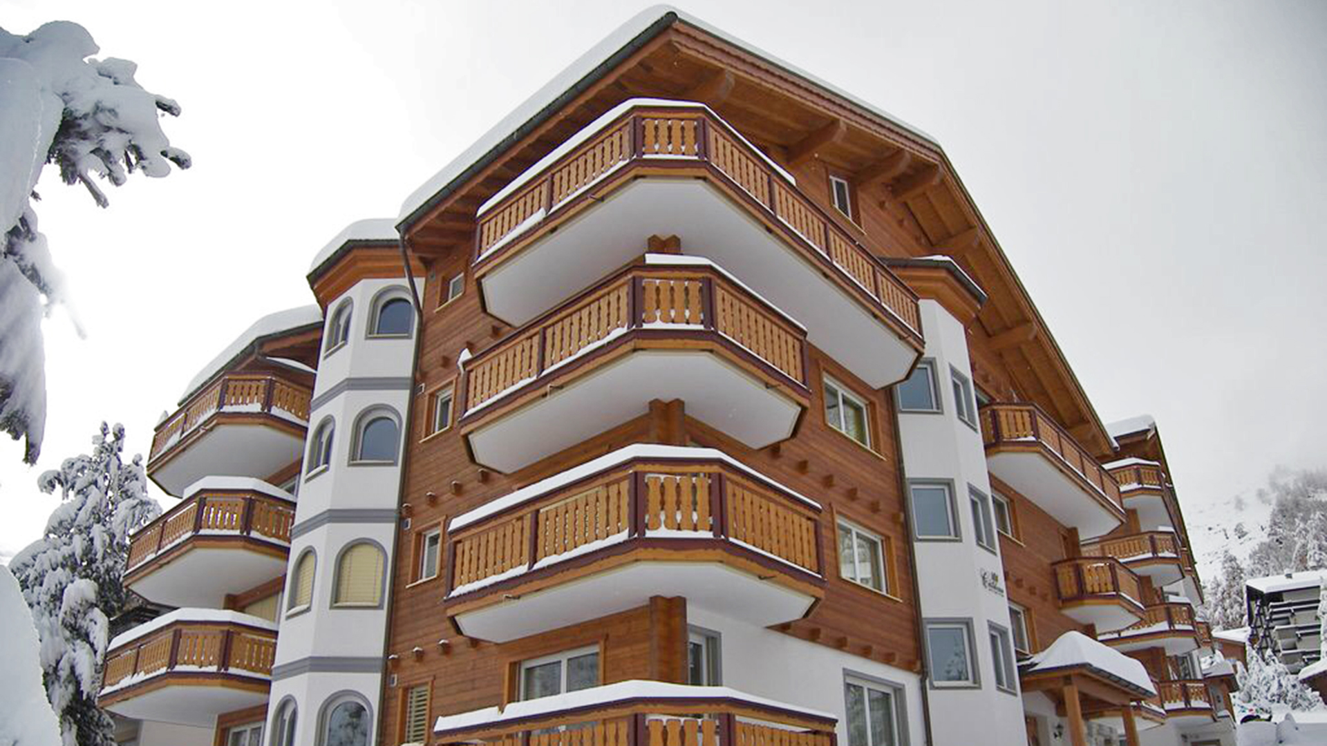 Chateau B 3 Apartments, Switzerland
