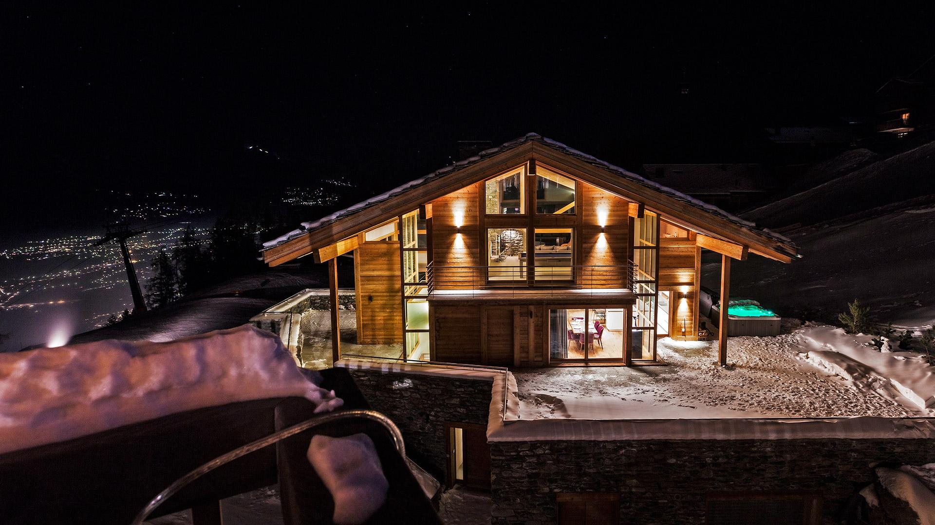 Chalet Pas du Canard Chalet, Switzerland