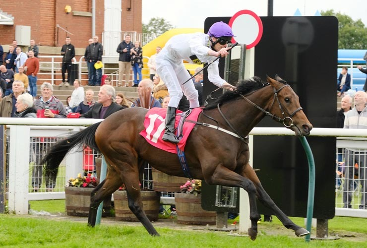 Summer sands 5 10 19 redcar 2yo trophy Tony Knapton webnews